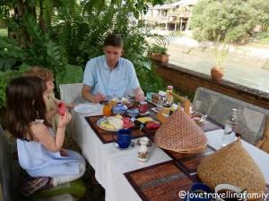 Breakfast Ayutthaya Phuttal Residence