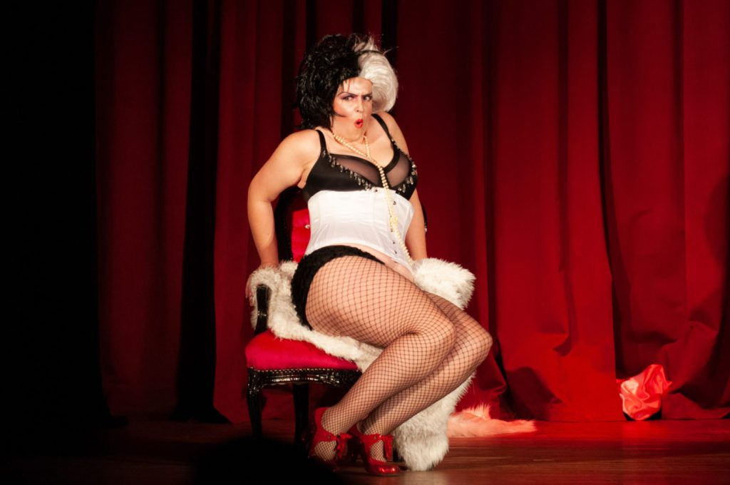Ruby Blue. Love You Burlesque Tutor.