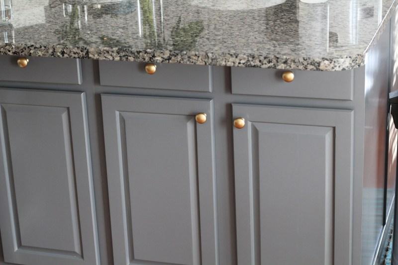 kitchen-diy-cabinet-transformation-11