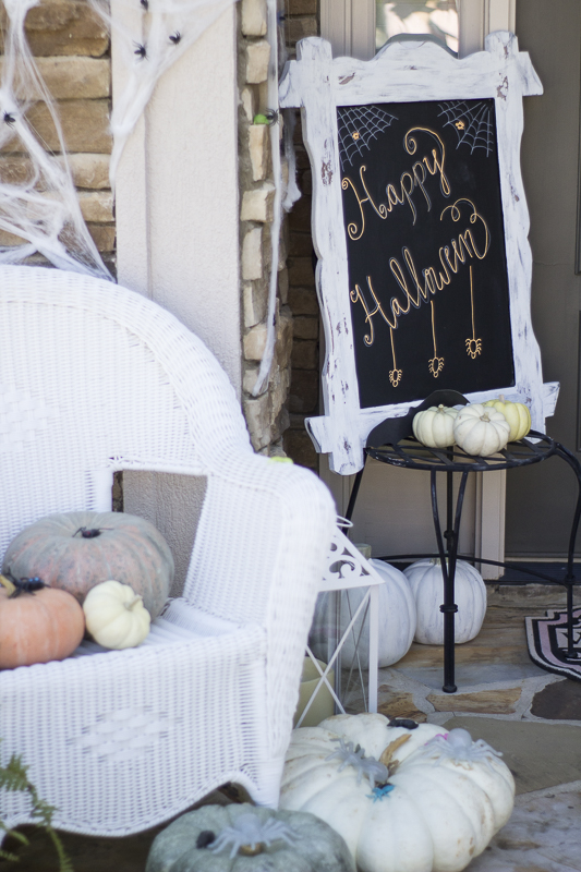 halloween-pumpkins-decor-loveyourabode-4
