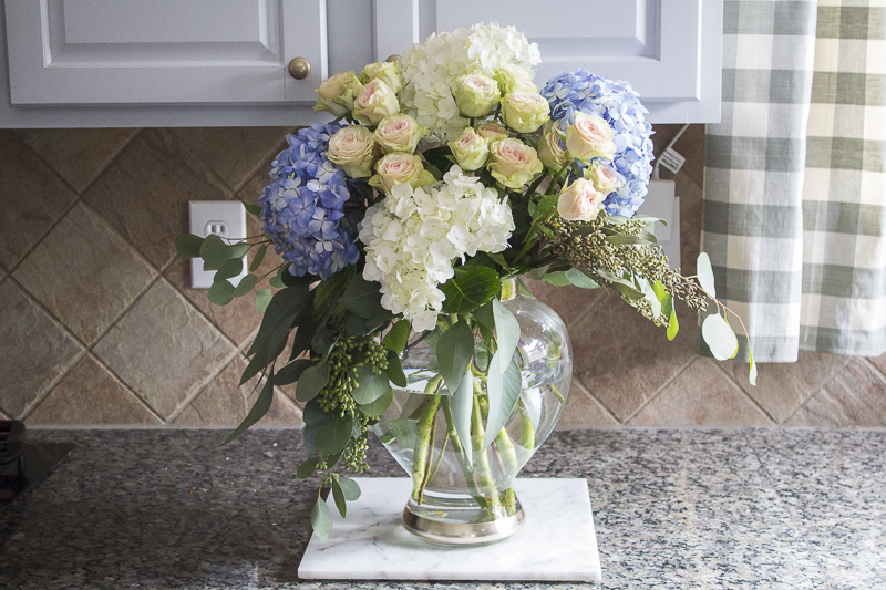 how-to-create-mixed-floral-arrangement | loveyourabode |-5