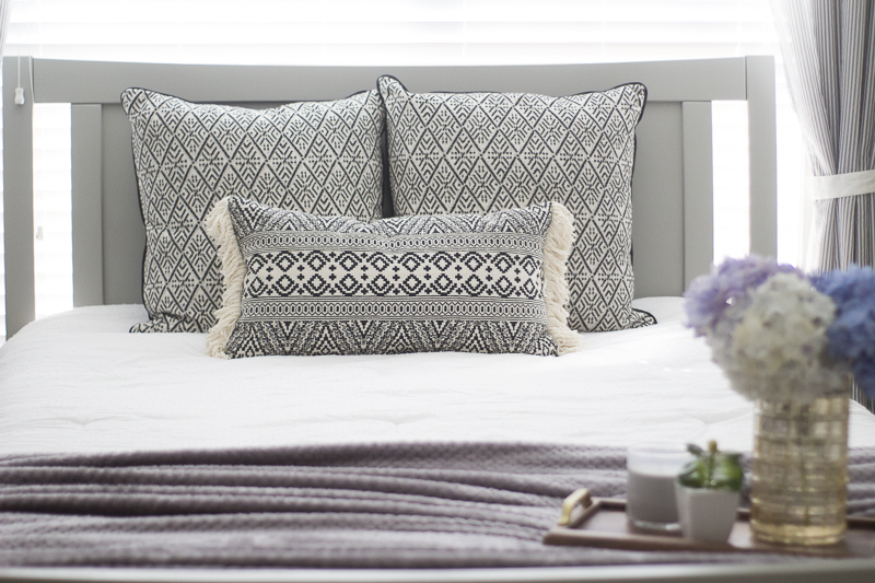refresh-guest-room-with-pillows | loveyourabode-12