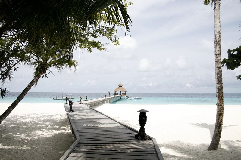 maldives-reethi_beach-3