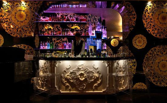 Taormina Nightlife Top Cool Lounge Bars Trendy Fashion