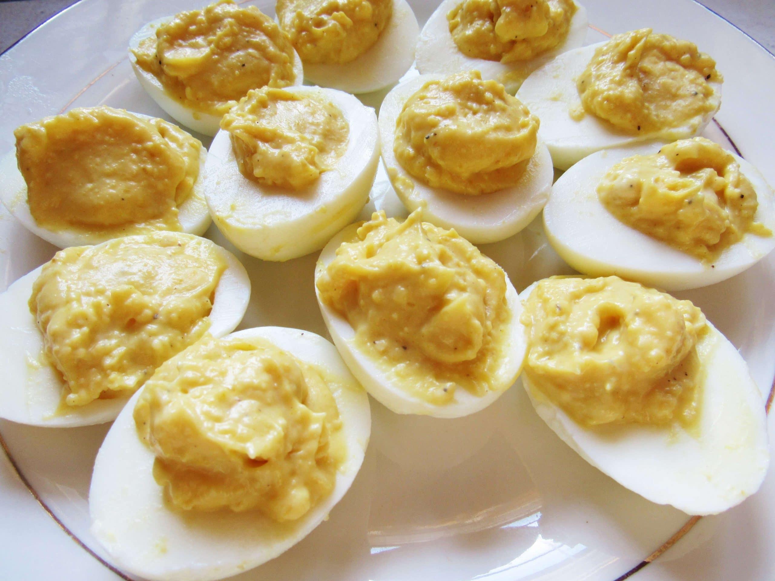 Easy Deviled Eggs Recipe {Grammy's Corner}