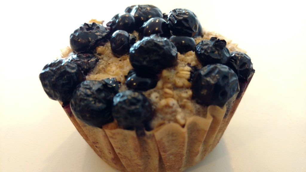 baked oatmeal cups with blueberries