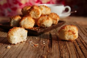 yummy low carb coconut macaroons