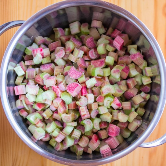 Rhubarb Chutney, Rhubarb in the Saucepan | Low-Carb, So Simple!