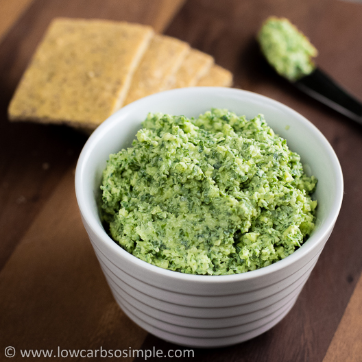 Cheesy Kale Spread   Low-Carb, So Simple!