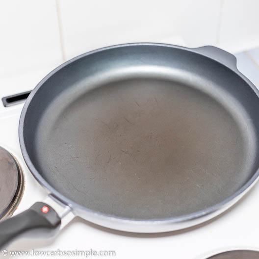 Heating Skillet | Low-Carb, So Simple