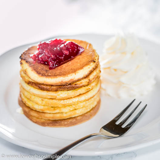 Super-Fluffy Keto Pancakes with Lupin Flour with Whipped Cream and Sugar-Free Jam | Low-Carb, So Simple