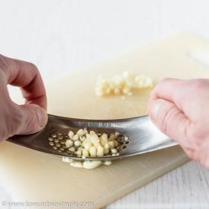 Crushing Garlic | Low-Carb, So Simple