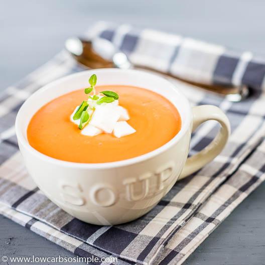 Creamy Garlic and Tomato Soup