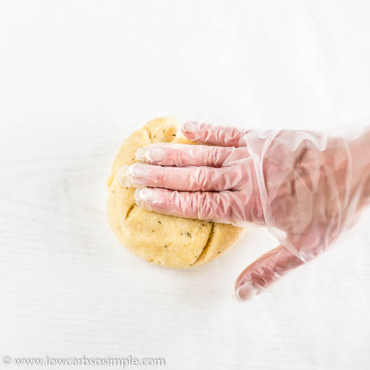 Flattening with Fingertips | Low-Carb, So Simple