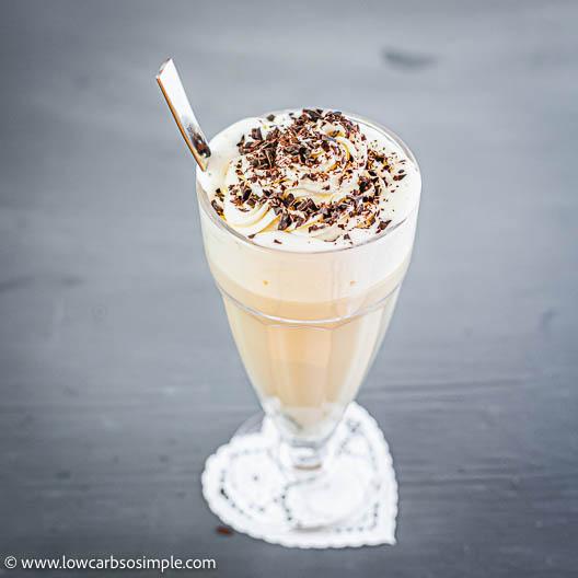 Easy 4-Ingredient Keto Vanilla Collagen Latte | Low-Carb, So Simple
