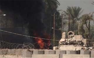 ap_iraq_tankfire.jpg