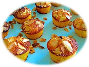Polenta and Almond Flour Mini Cupcakes