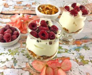 Granola Muesli with Low FODMAP Yoghurt & Raspberries