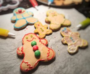 Simple Low FODMAP Gingerbread Men