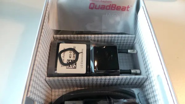 LG Optimus G Unboxing 4