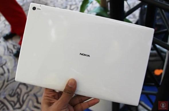 Nokia Lumia 2520 Windows RT Tablet 18