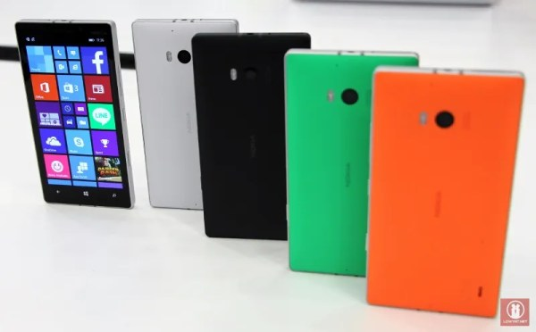 Hands On Nokia Lumia 930 30