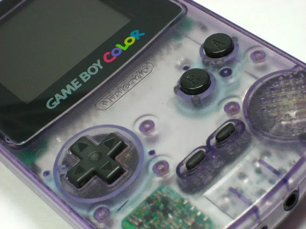 800px-Nintendo_gameboy_colour_clear_plastic_shell_Dec2007