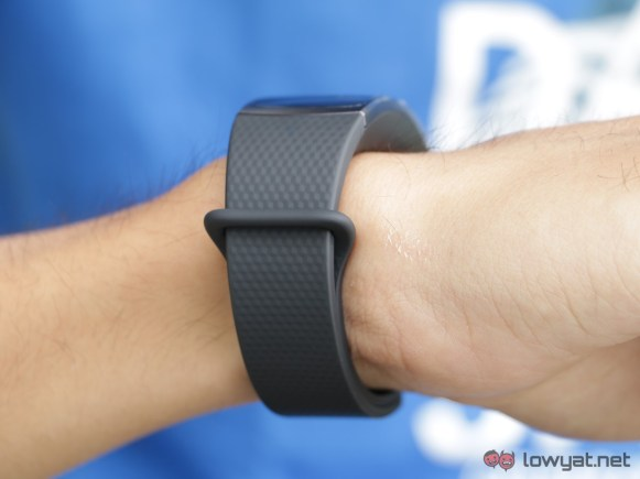 Samsung-GearFit-2-Lightning-Review-IMG_6564