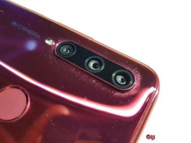 HONOR-20-Lite-triple-camera