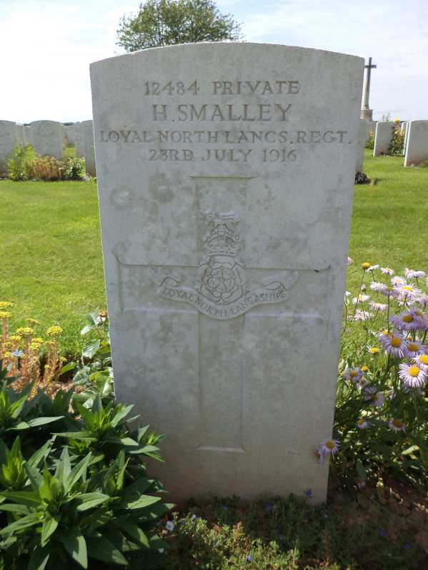 12484 PTE HERBERT SMALLEY 7TH BN CATERPILLAR VALLEY CEM-2
