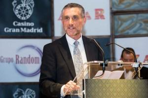 Entrega de Premios AZAR. Carlos Lalanda recibió el premio al Mejor Abogado del Año. Fotografía de Carlos Lalanda.