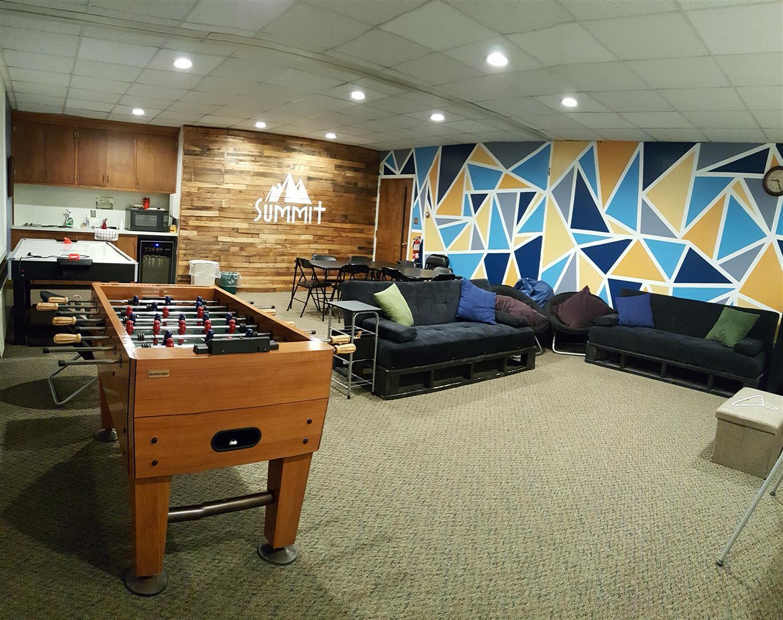 Captivating Summit U2013 Youth Room