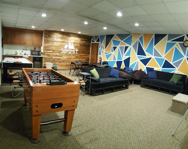 Summit - Youth Room