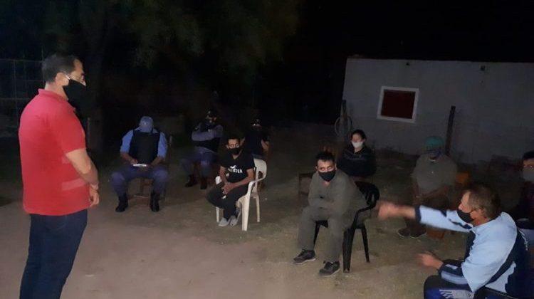 Municipio, policía y vecinos del barrio Ginés Benítez coordinaron acciones de prevención en la zona