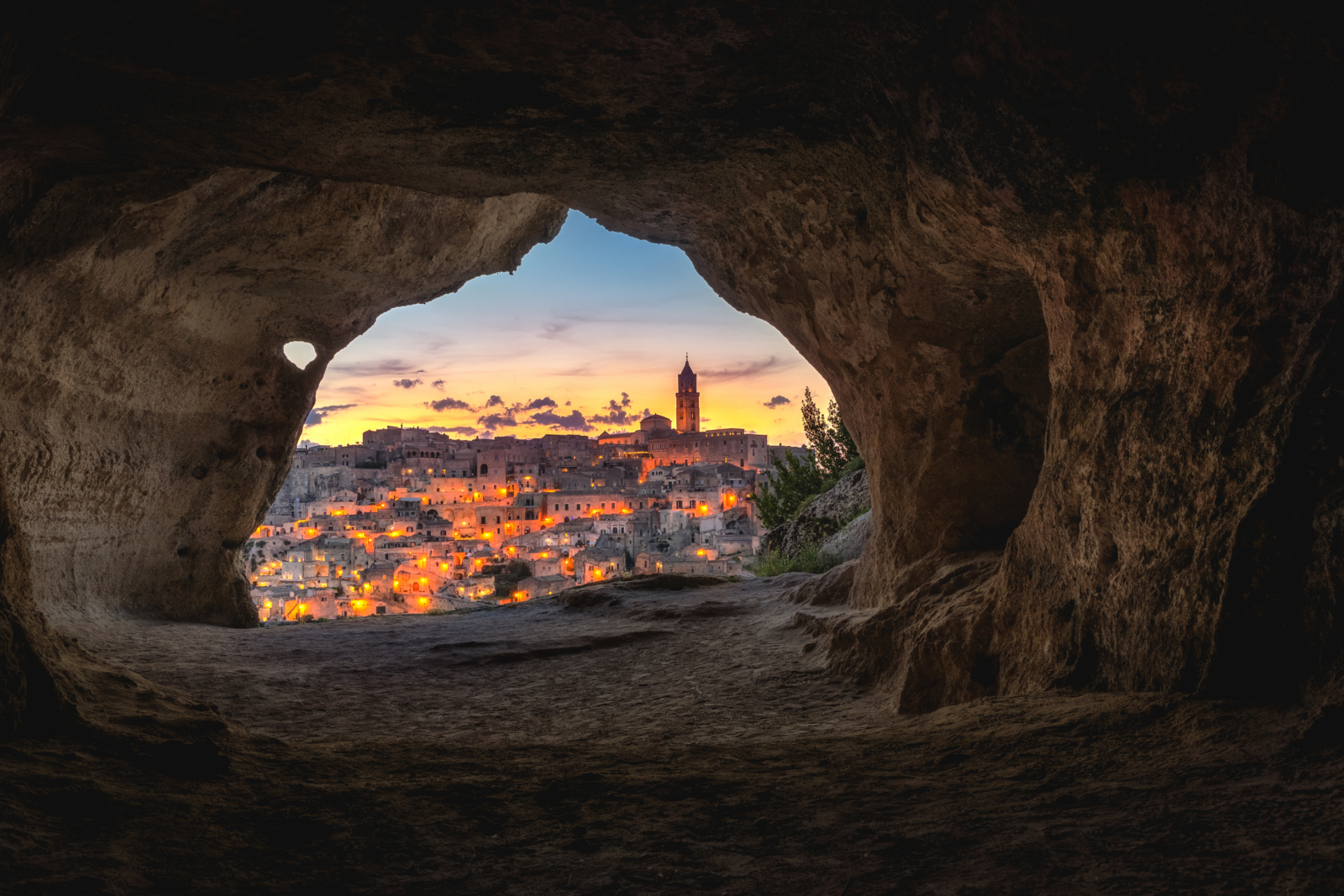 Photo by Luca Micheli