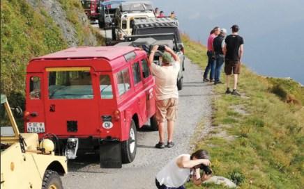 Coverseite des Magazin vom Land Rover Club Schweiz