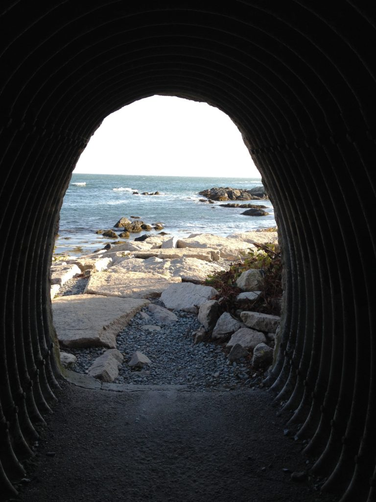 tunnel - sea - depression - light at the end of the tunnel - hope