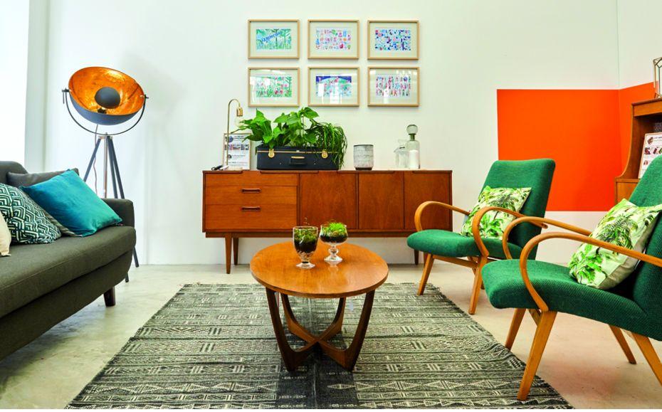 cinq meubles