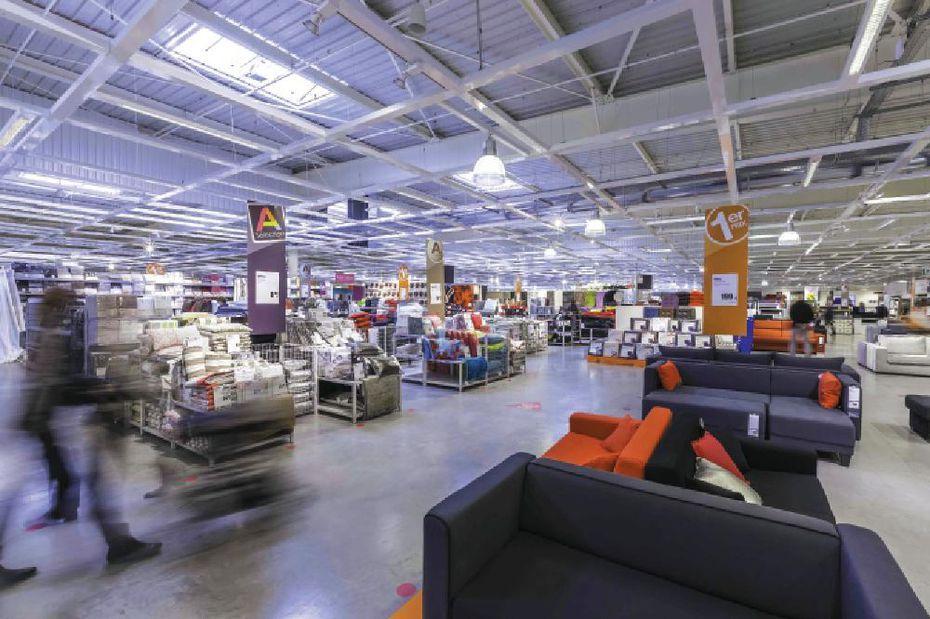neuf magasins alinea repris par leur