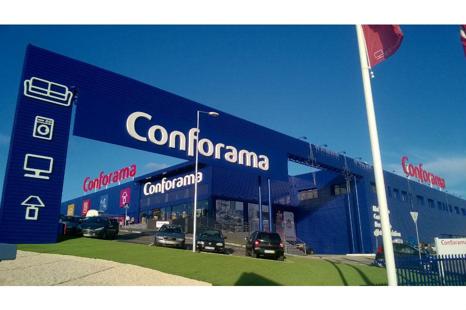 Apres La Fnac Conforama Convoite A Son Tour