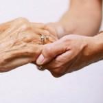 高齢者介護に活かすアロマテラピー