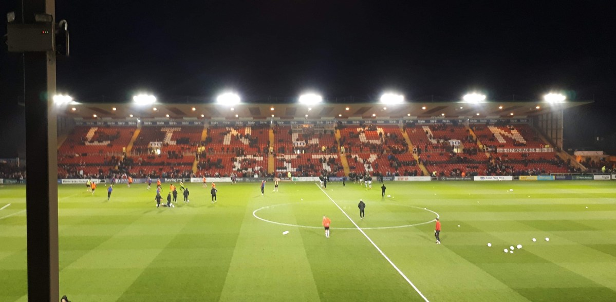 Lincoln City close in on League Two title win