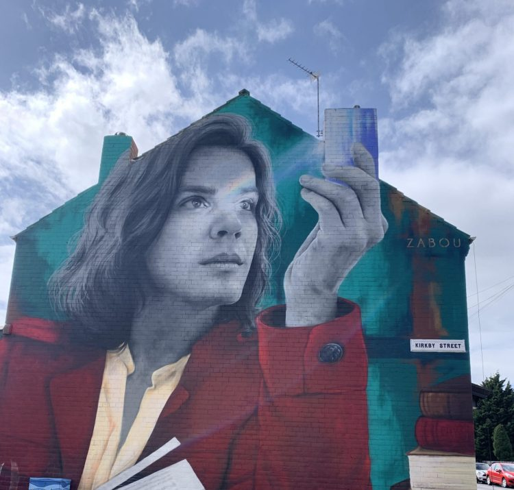 The new mural down Kirkby Street shows Sir Isaac Newton holding a prism, but it has divided  opinion.