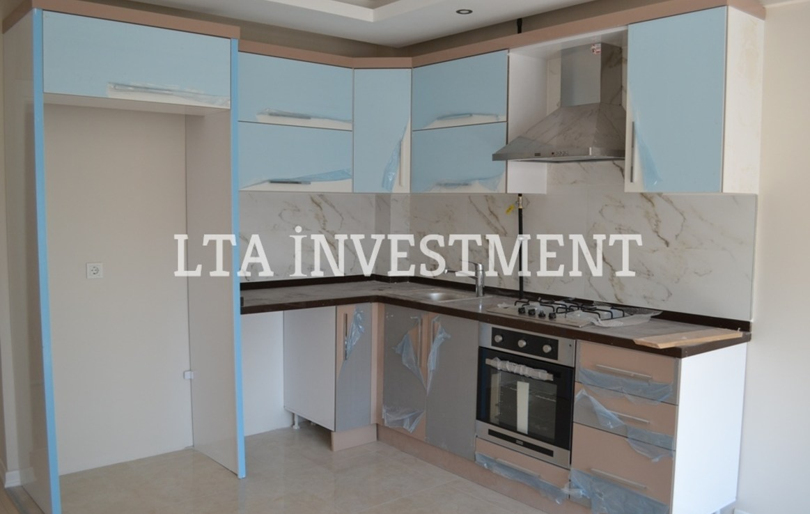 2+1 Apartment for sale with natural gaz conected in Konyaalty
