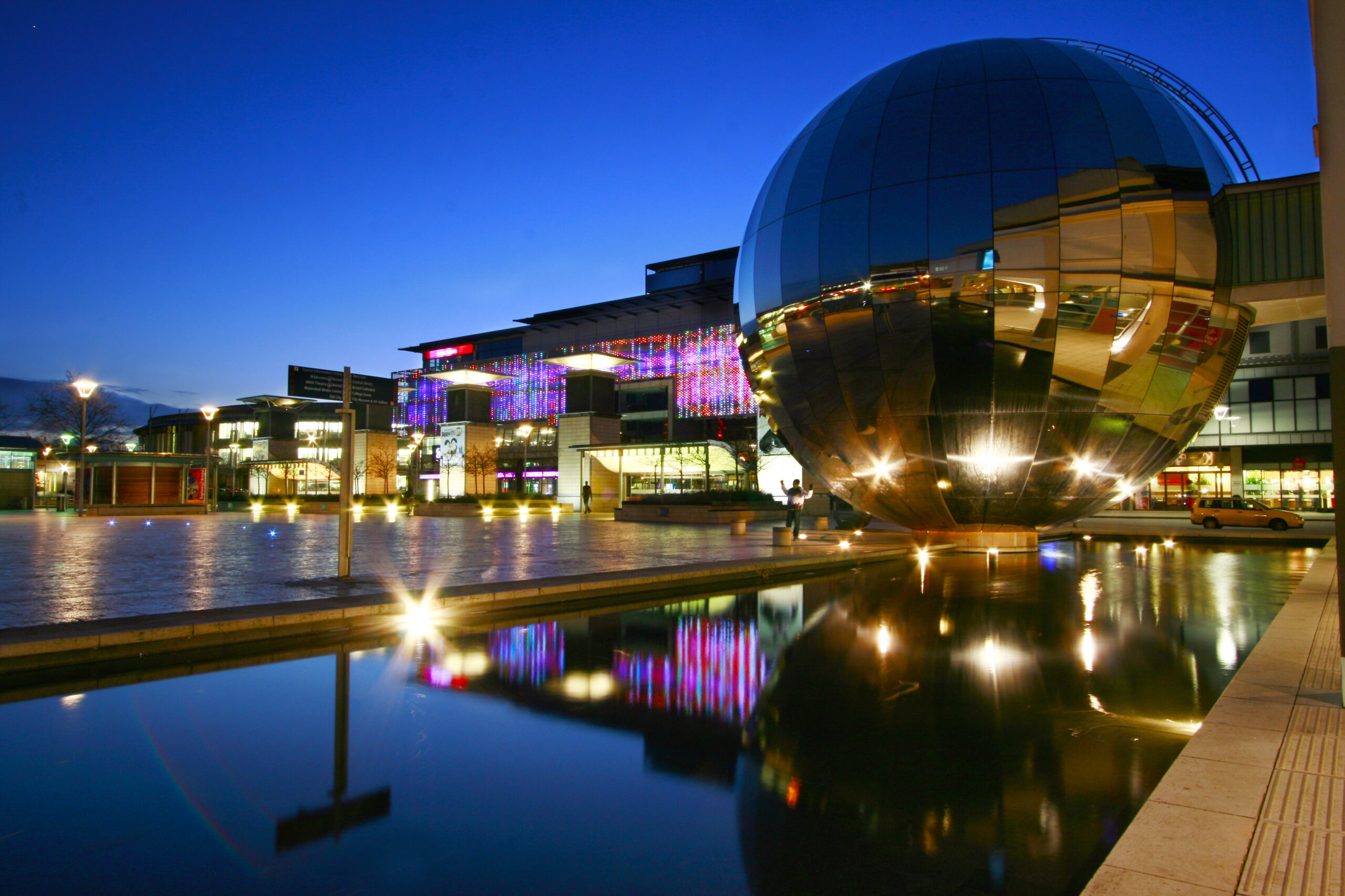 Bristol Harbourside - Exterior and Interior Lighting for Buildings