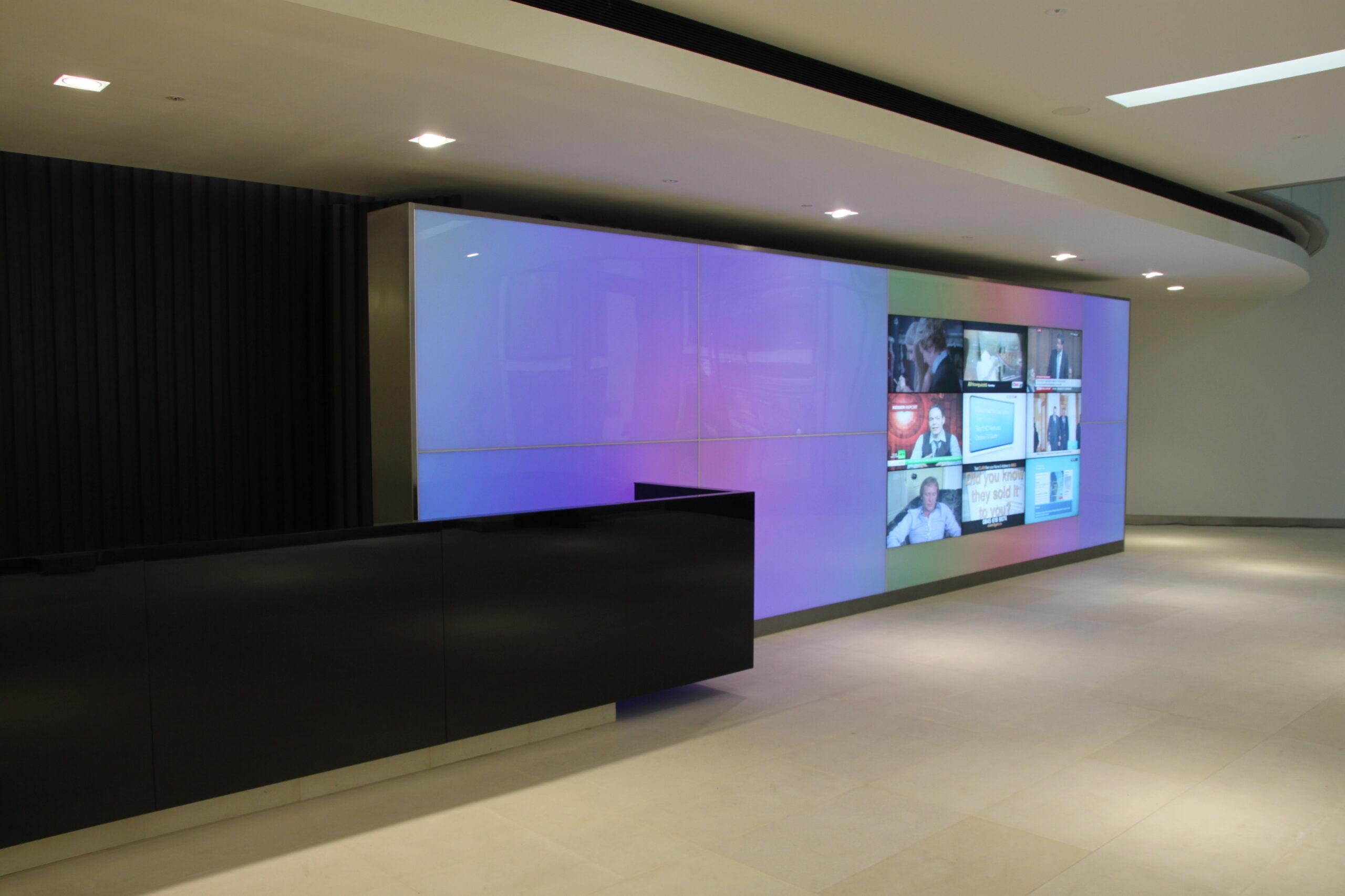 110 Fetter Lane Videowall - Exterior and Interior Lighting for Buildings