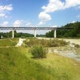 Isar Eisenbahnbrücke bei Großhesselhohe