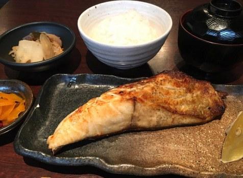 勝どきランチでお困りの方、美味しい焼き魚がいただけます。@たい将(勝どき)