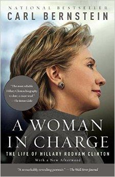 """Bìa sách """"Người Phụ Nữ Lãnh Đạo: Cuộc Đời Hillary Clinton"""" (Nguồn ảnh: amazon.com)"""