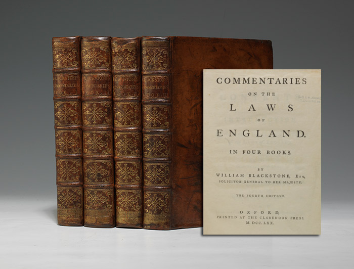 Bộ sách Bình Luận Luật Anh Quốc của Sir William Blackstone (Nguồn ảnh: baumanrarebooks.com)